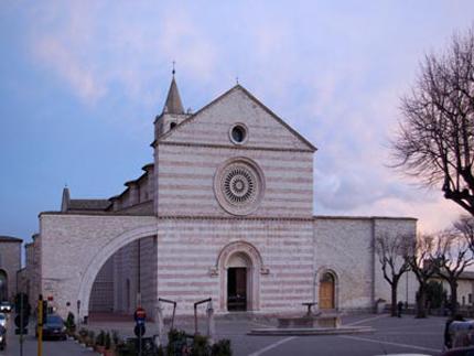 assisi_basilica_santa_chiara