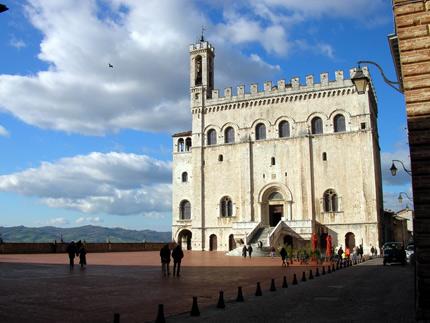 02_gubbio_palazzo_dei_consoli